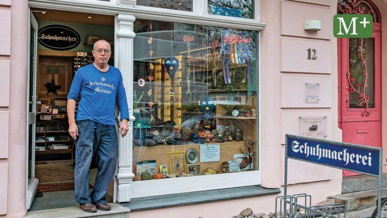 برلین Schmargendorf: کفاش سیمون ولف استاد کار خود است