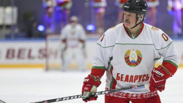 بلاروس ممکن است پیشنهاد خود را برای مسابقات قهرمانی هاکی روی یخ از دست بدهد