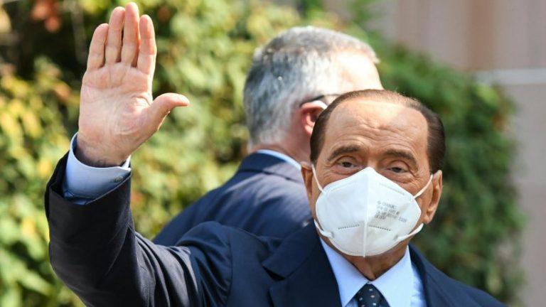 برلوسکونی به دلیل مشکلات قلبی در بیمارستانی در موناکو بستری شد