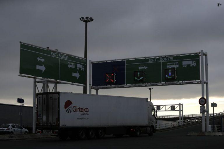 اولین روز Brexit با ترافیک مایع بین انگلیس و اتحادیه اروپا آغاز می شود  بین المللی