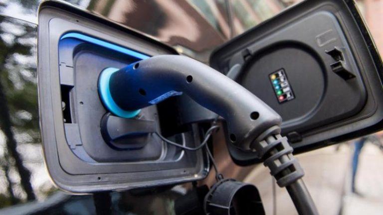 افزایش یارانه منجر به ثبت ارقامی برای خودروهای الکترونیکی می شود
