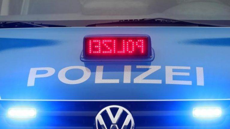 سه مرد به یک سوپرمارکت در شوئنبرگ حمله کردند