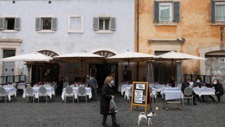 بسیاری از بارها و رستوران ها در ایتالیا مجاز به بازگشایی هستند