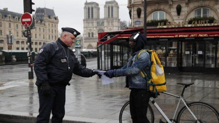 آزادی یک کیلومتر است – تاجگذاری در اروپا اندازه گیری می کند