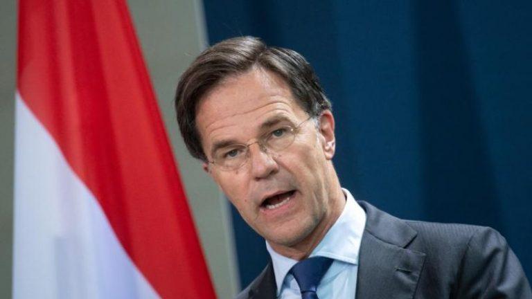 هلند: دولت استعفا داد – دو ماه قبل از انتخابات پارلمانی